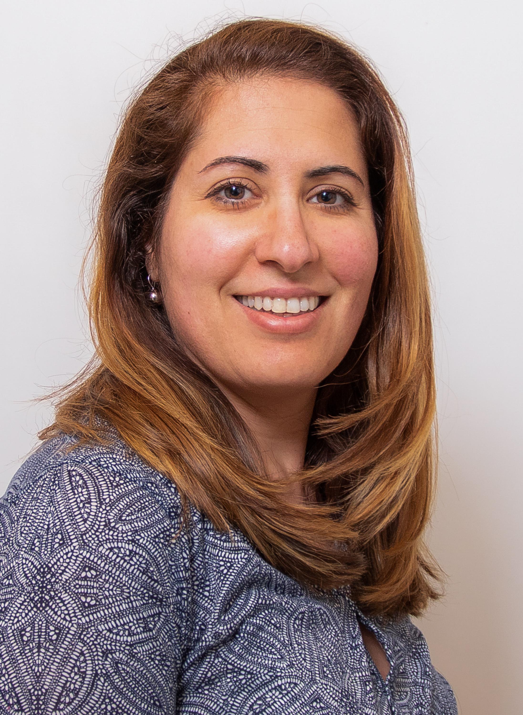 Dr. Elena Kreutzer