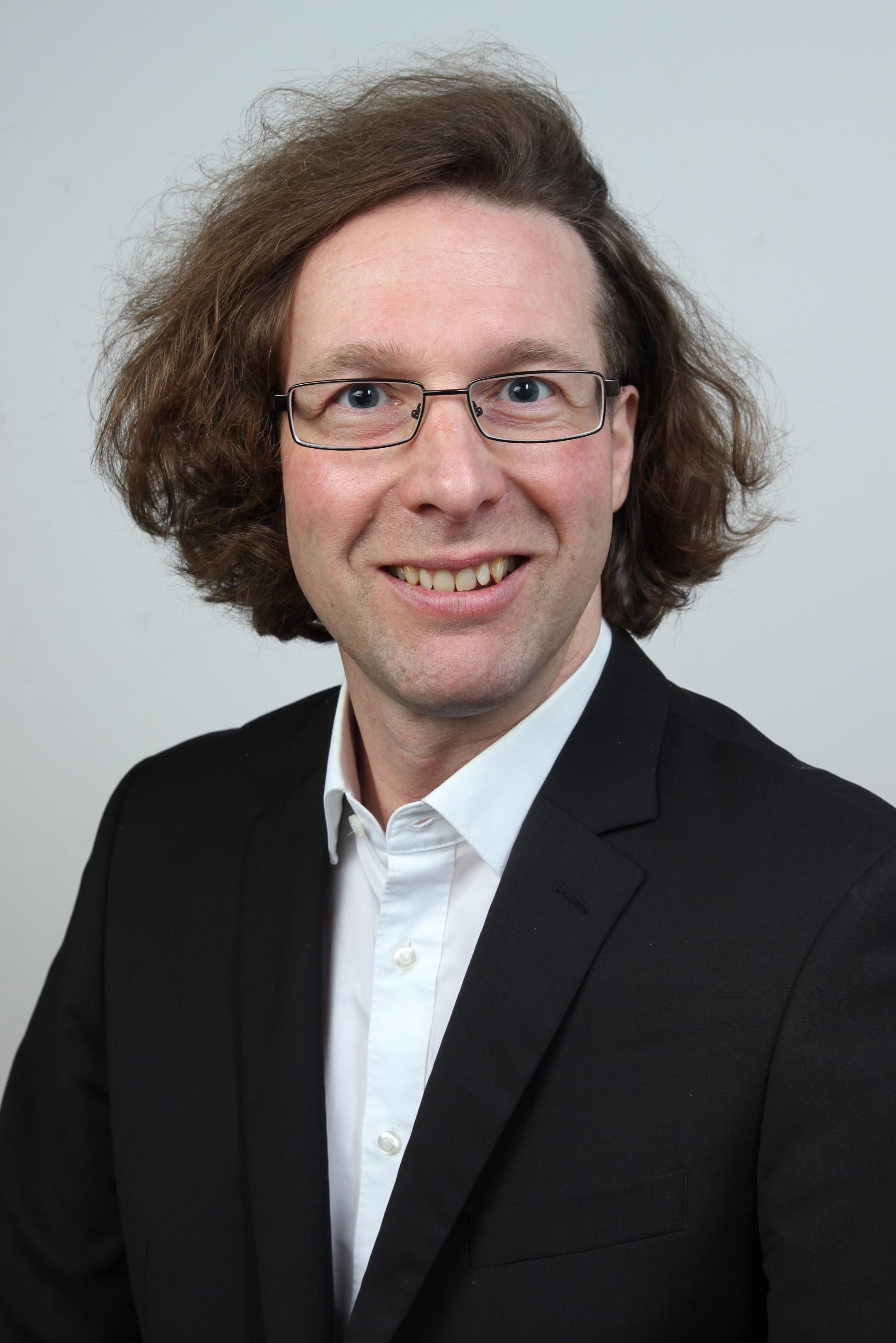 Dr. Sascha Roder